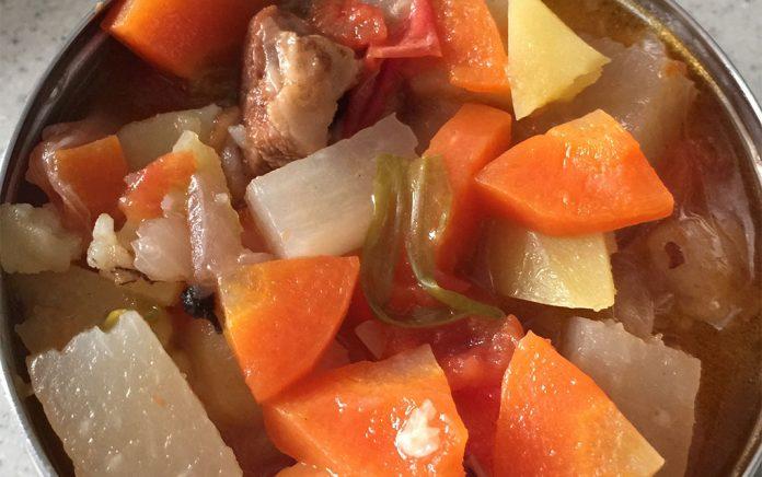 achair推荐健康美食:自制砂锅牛肉柿子土豆1.0版 - fm