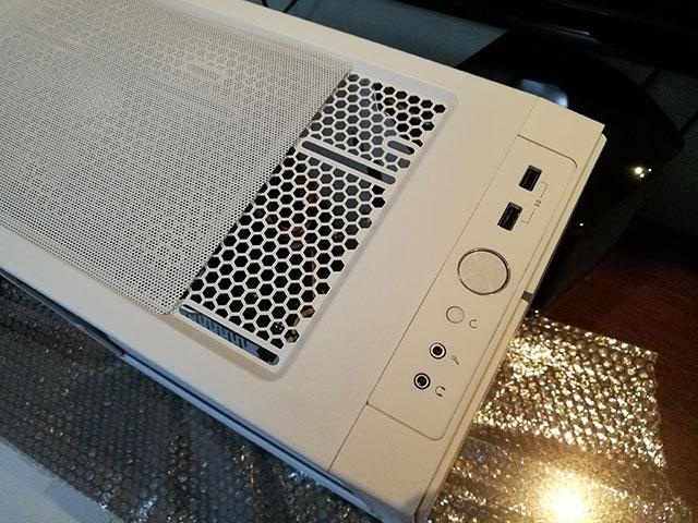 300元左右散热好的机箱FD Define Mini C 安装与体验(第8集) - fd minic3